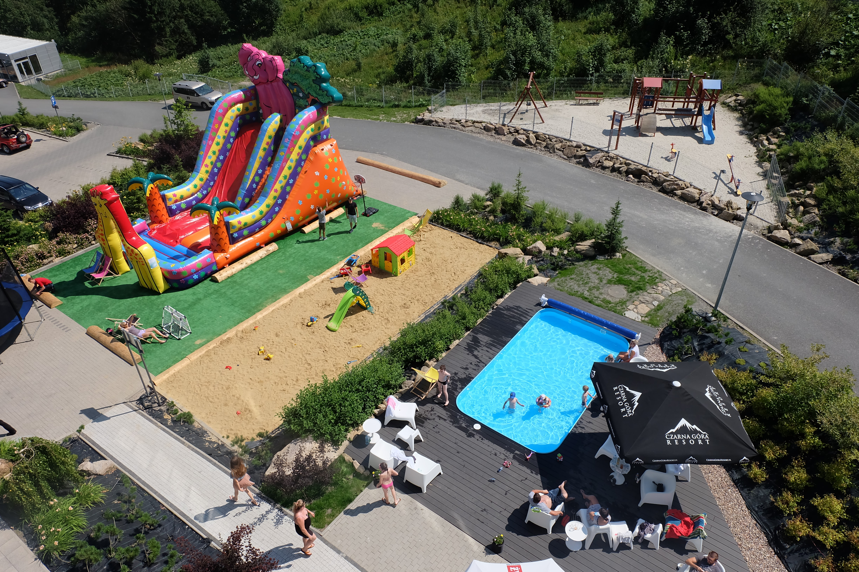 Baseny zewnętrzne i atrakcje wodne Czarna Góra Resort