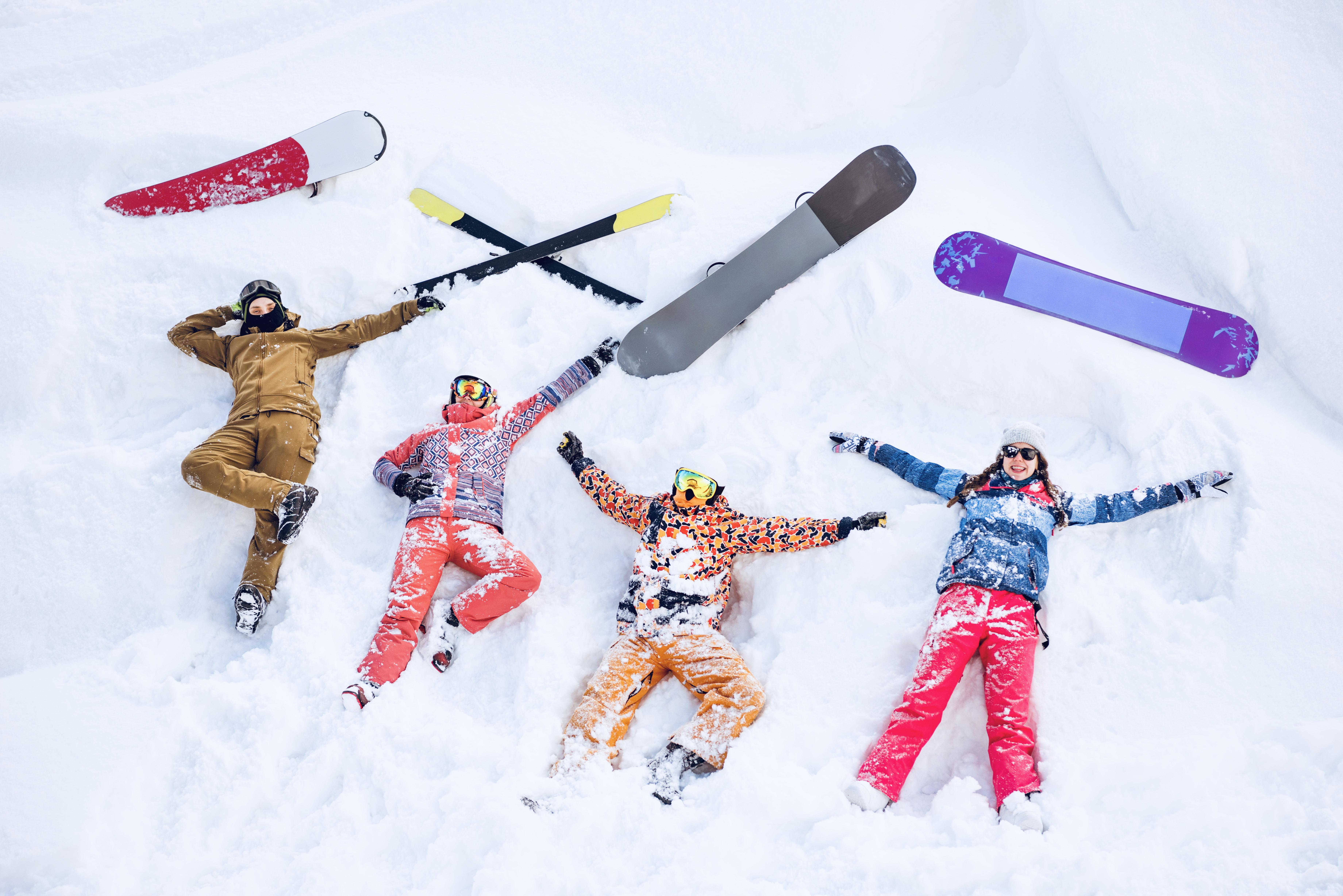 Śnieg - Narty - Deska - Zima w Marcu w Czarna Góra Resort